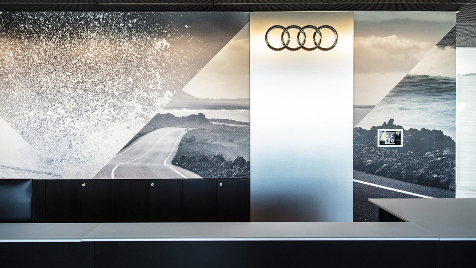 Dekorujemy Salon Audi Cz. 1